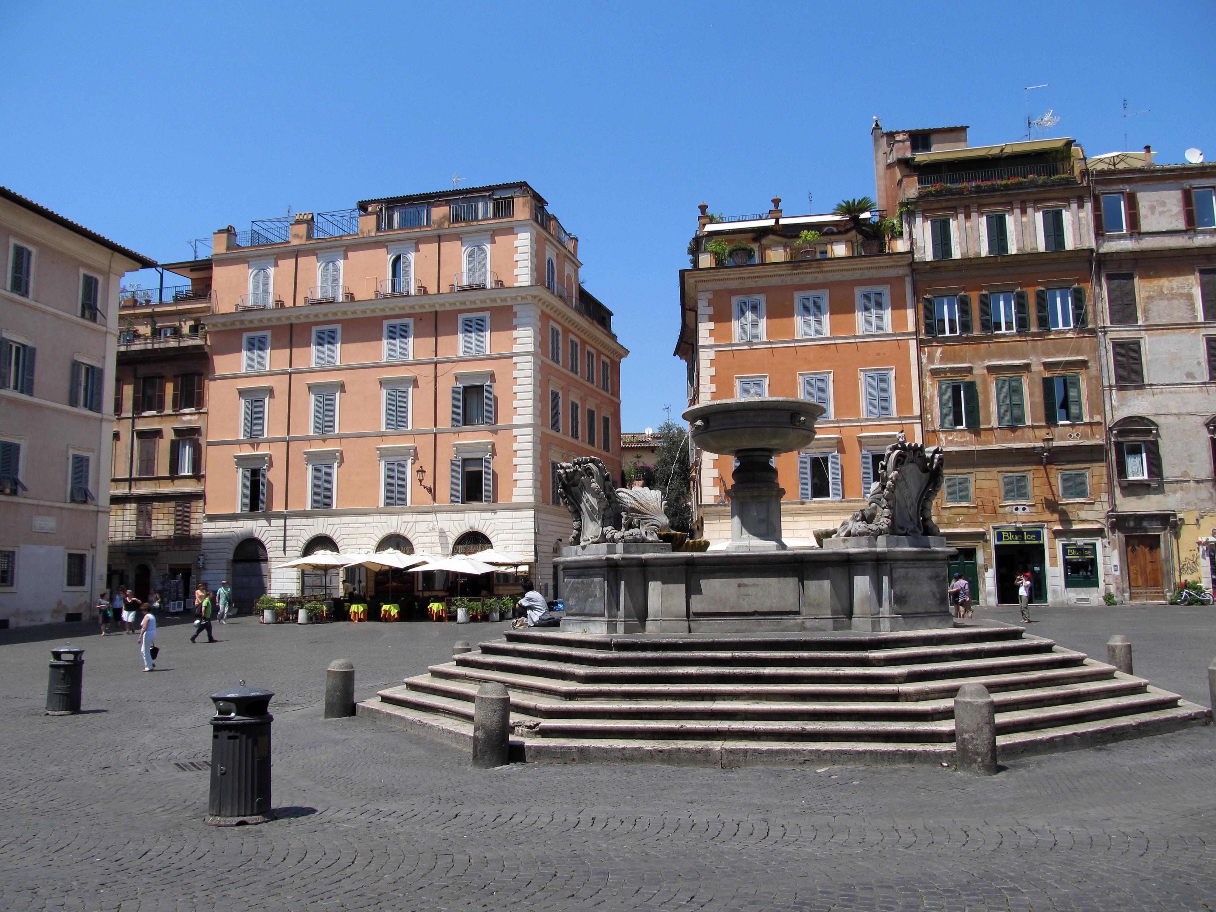 Piazza_di_Santa_Maria_in_Trastevere_2_(1
