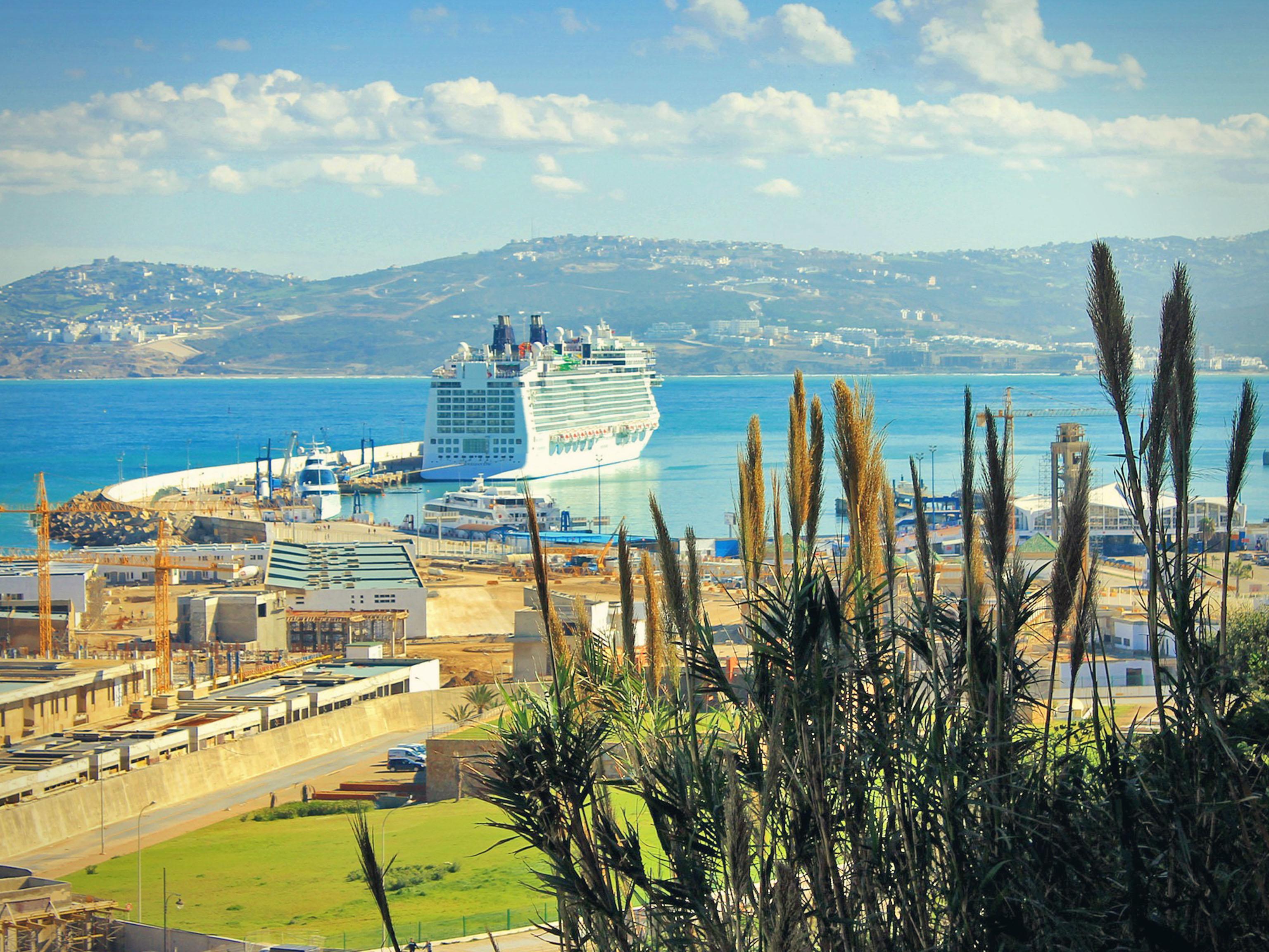 Tanger port.jpg